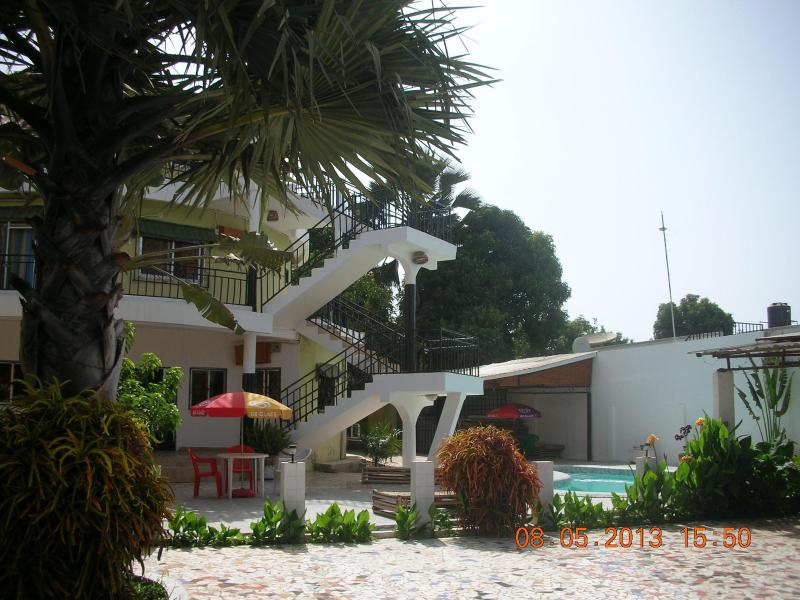TEDUGAL Guest House/Middle Floor, holiday rental in Tujereng