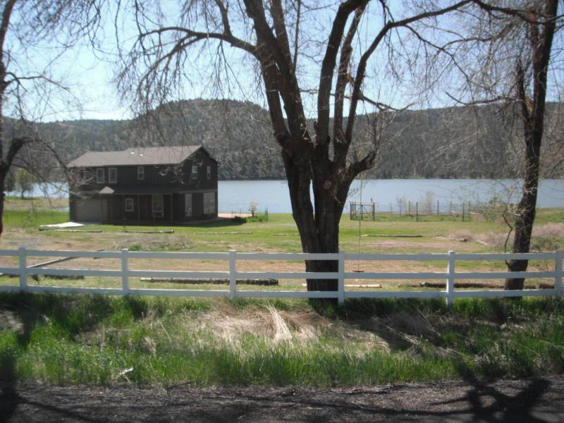 The house and Ochoco Reservoir