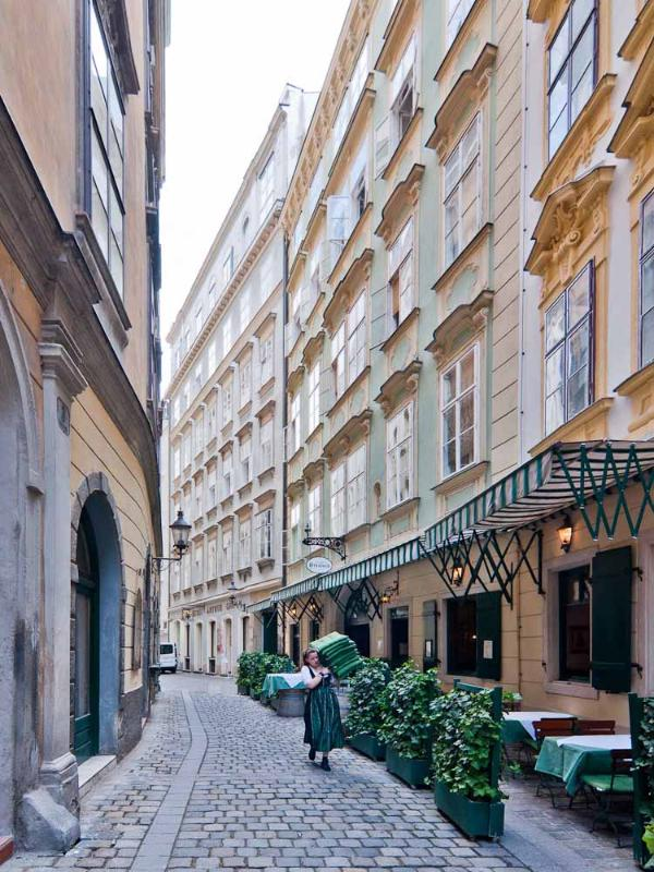 The Kurrentgasse, our building at the back