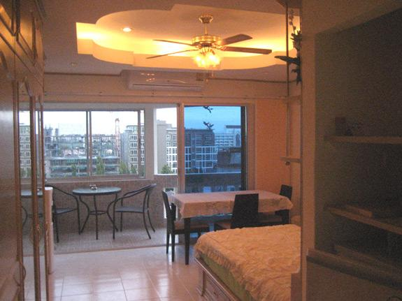 Apartment + seeview (725) in Jomtien (Pattaya), vacation rental in Pattaya