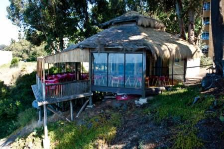 On site restaurant with panoramic view - Restaurant dentro del condominio con vista panoramica