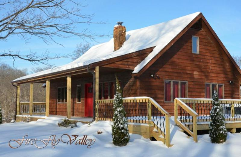 Firefly Valley Lodge, holiday rental in Cobden
