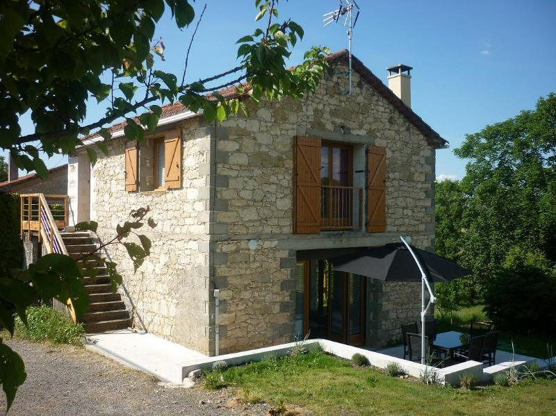 A beautiful house in the South of France, holiday rental in Realmont