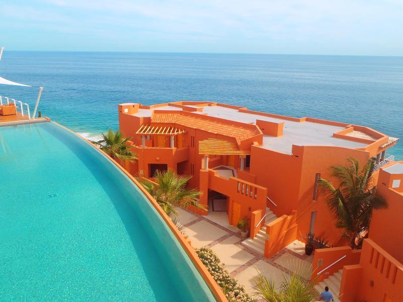 Luxury Resort Vacation Rental at The Grand Regina in Los ...