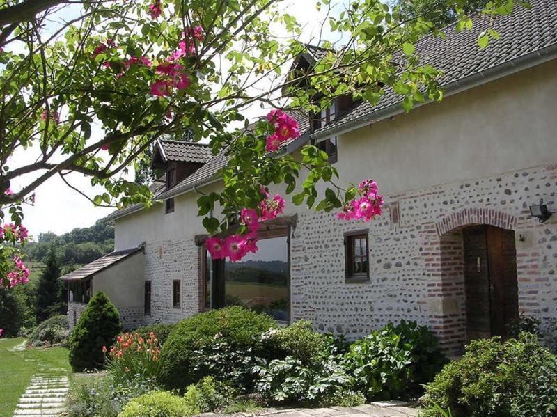 La Grange du Haou chram B&B near Pau, alquiler vacacional en Piets-Plasence-Moustrou