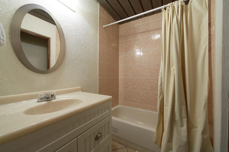Bathroom 2.  Full bath:  vanity, tub, shower, separate commode