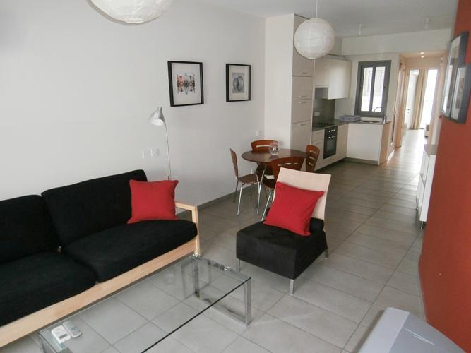 New spacious central flat in Nicosia, Ferienwohnung in Nikosia