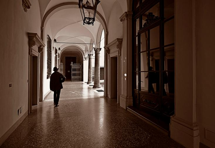 The entrance to the palace - one of the most beautiful in Bologna!