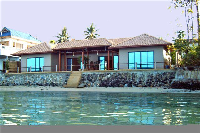 villa beachfront