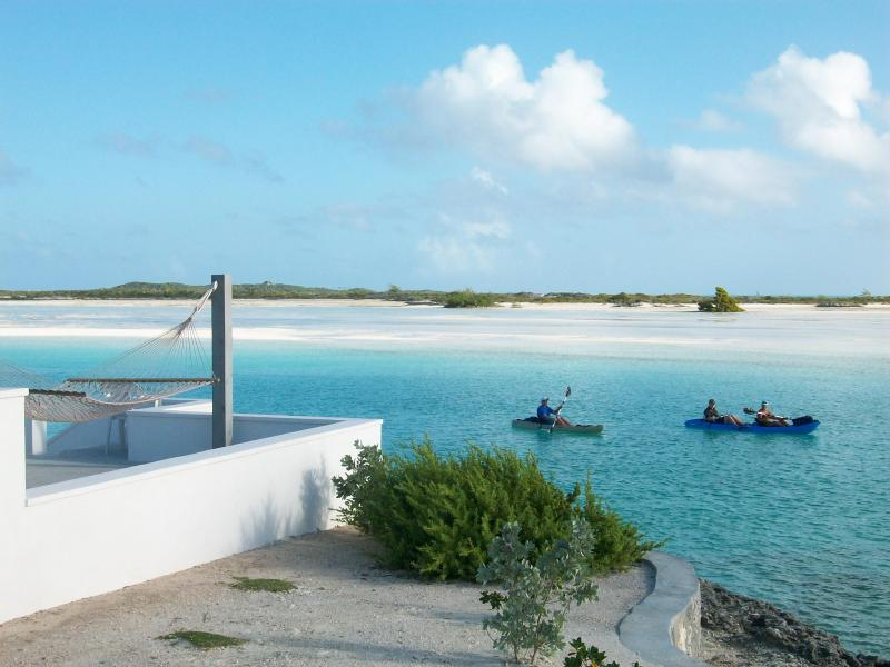 Guests on their way to Man-o-War Cay and  Moriah Cay National park