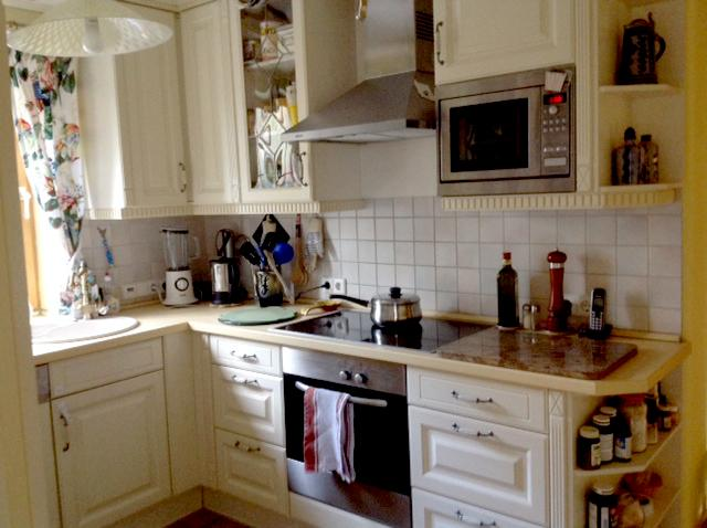 Kitchen- cooking area