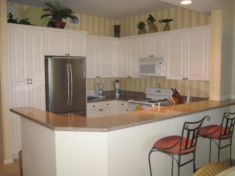 Cozinha bem equipada, atualizada