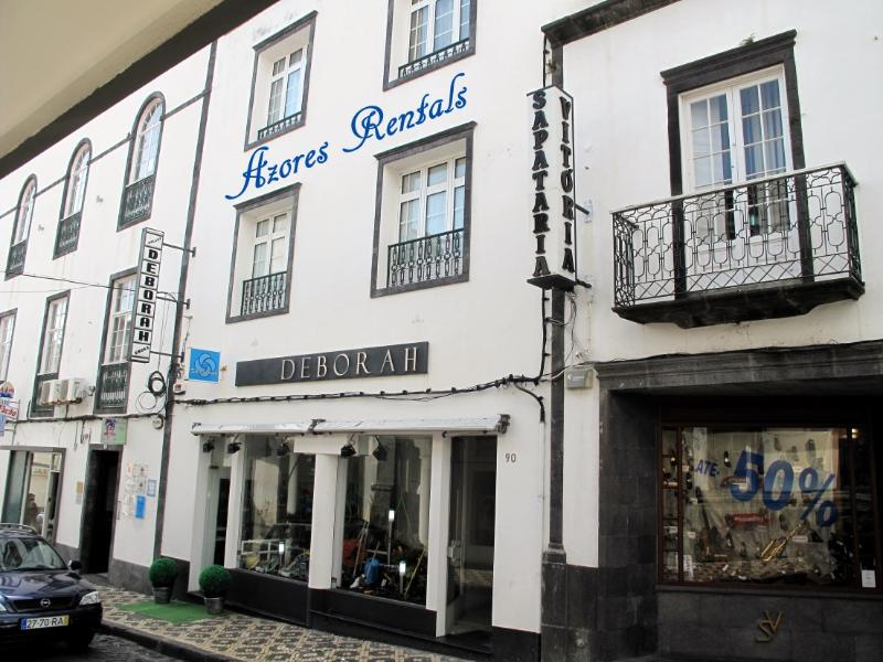 Apartment in the historic center of the city of Po, vacation rental in Ponta Delgada