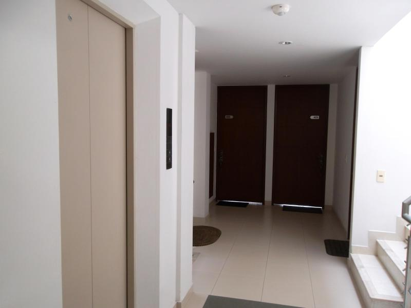 Elevator (lift) and Common area