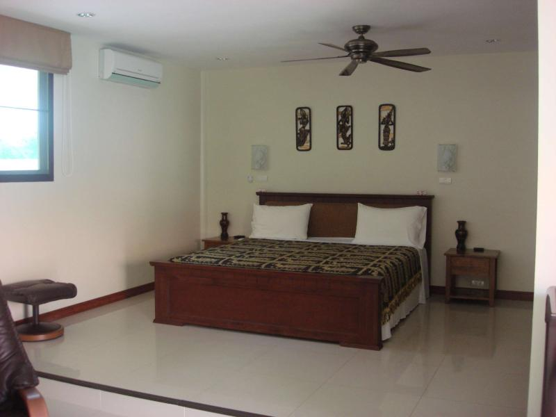 split level suites