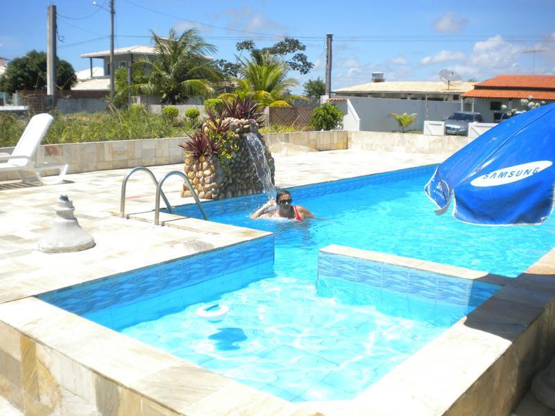 Excelente casa em Vilas do Jacuipe no Litoral norte com acesso a internet, location de vacances à Jenipabu