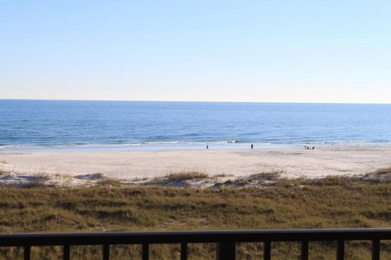 Phoenix VII West Corner Three-Bedroom Condo, alquiler de vacaciones en Orange Beach