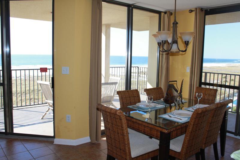 Dining Area overlooking Beach