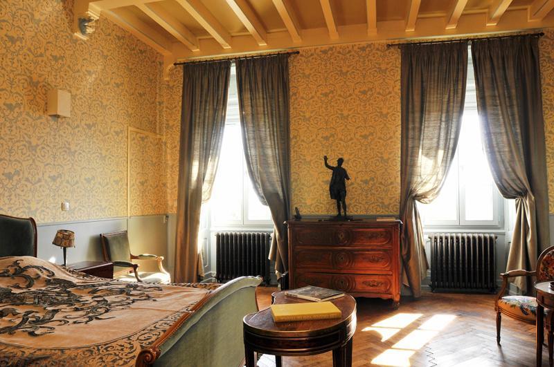 Chateau des Faugs: Cévenole Suite, holiday rental in Boffres