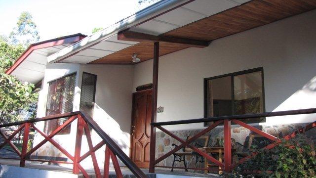 Casita Margarita (2 BR bungalow in Cerro Punta), vacation rental in Volcan