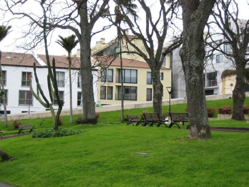 City center garden apartment, vacation rental in São Miguel