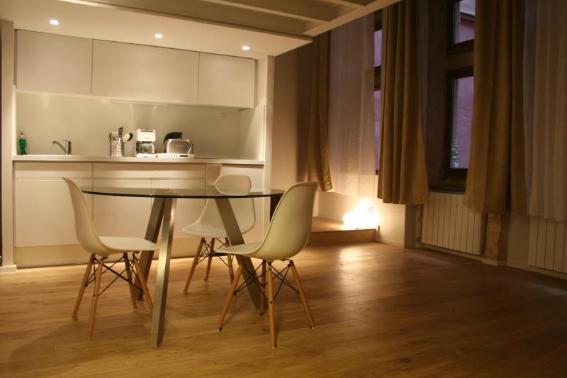 LE DUPLEX DU CHANGE - Old LYON - TripAdvisor - Holiday Rental in Lyon