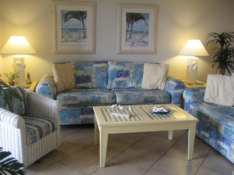 Living comedor (sofa cama w/de la reina)