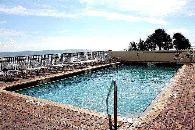 Large Heated Pool Overlooking the Beach