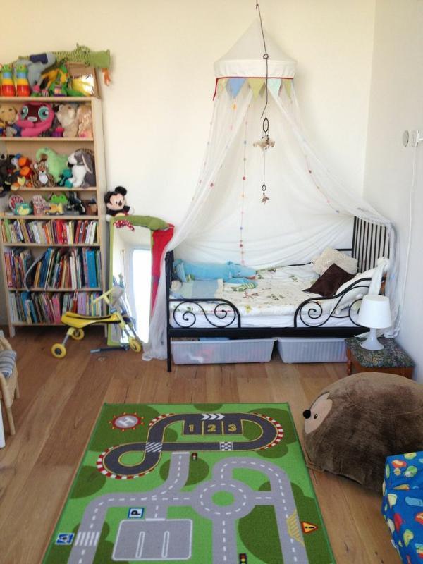 Children's Bedroom 3