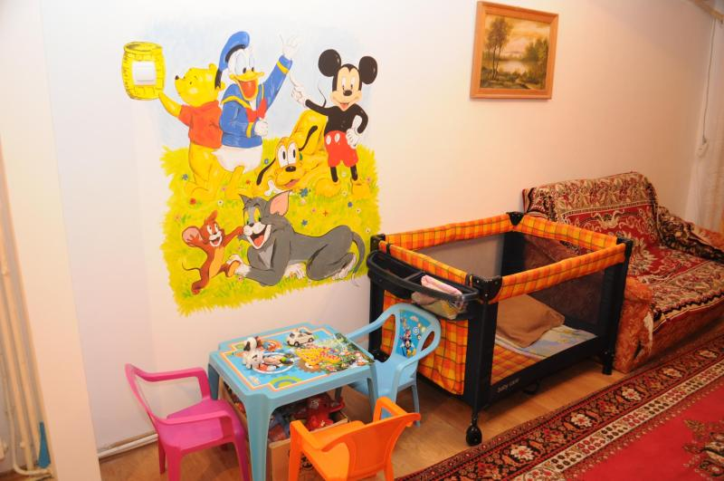 Ideal for your kids - games and toys, babycot, TV, sofa
