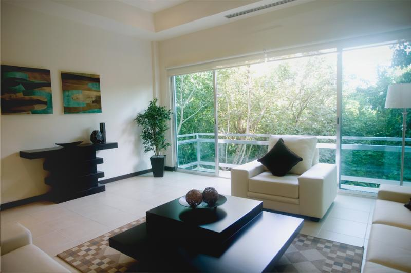 Living Room with view to the Jungle