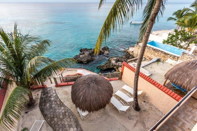 Coconut Villa—Breathtaking Views, Bicycle to Town, vacation rental in Cozumel
