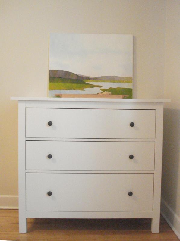 Chambre # 2 a 3 tiroirs. huile sur toile originale de l'artiste montréalais.