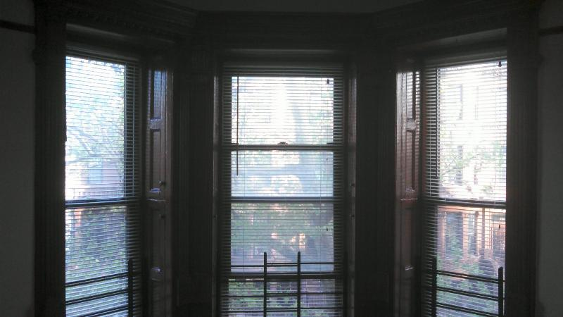 LARGE BEY WINDOWS