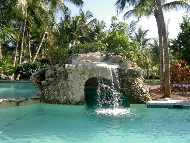 Sunrise piscina