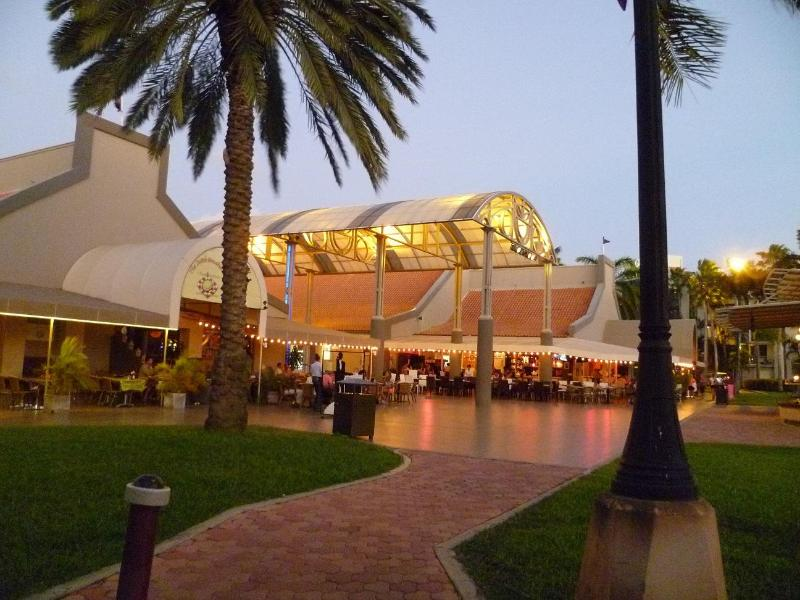 Down town Oranjestad with in five minutes walk