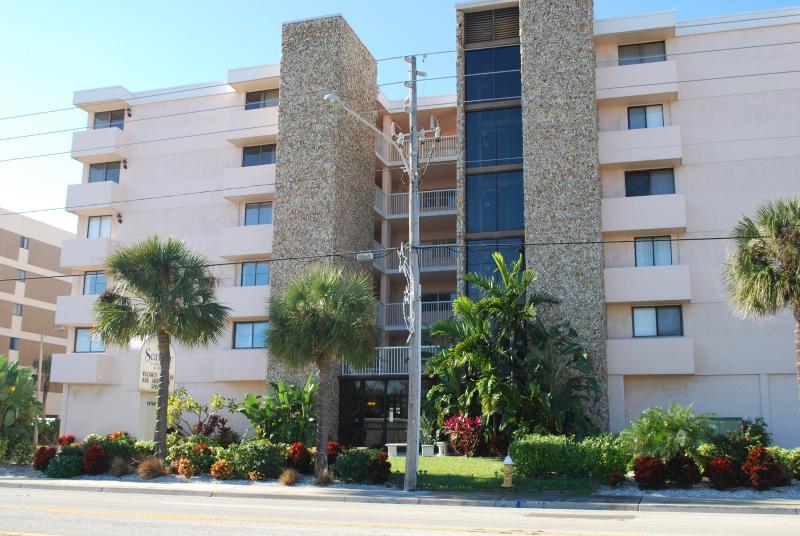 Seaview Concominium
