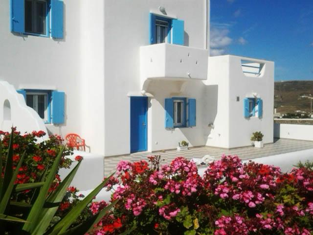 Modern Villa Apartment: 5 Min from Mykonos Town, Beaches, Ferienwohnung in Mykonos