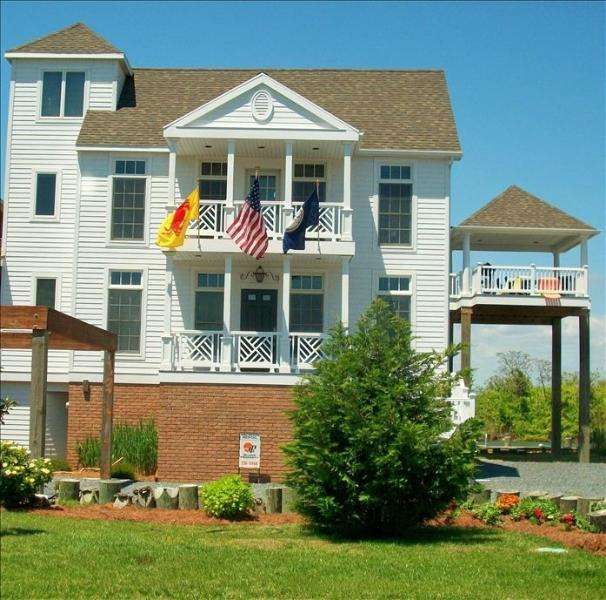 waterfront 5 br 4 ba elevator sleeps 10 has grill and balcony rh tripadvisor com