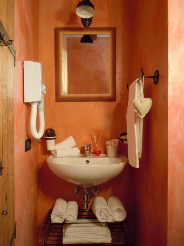bathroom double room