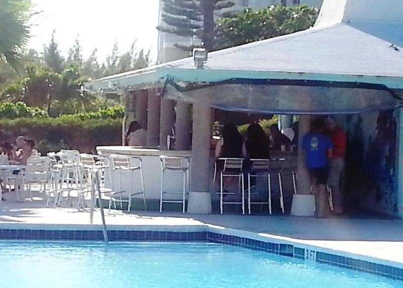 Coral Beach Bar