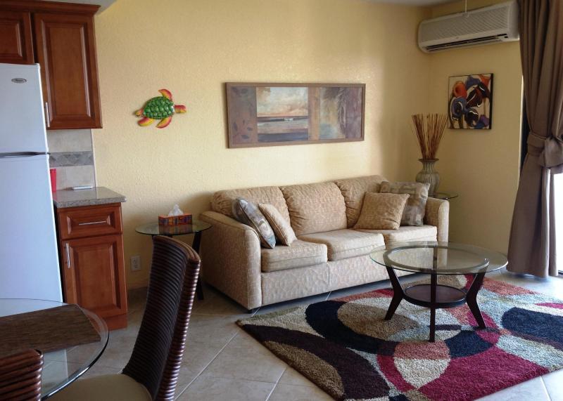 Coral Beach 1412 Pull-out Sofa
