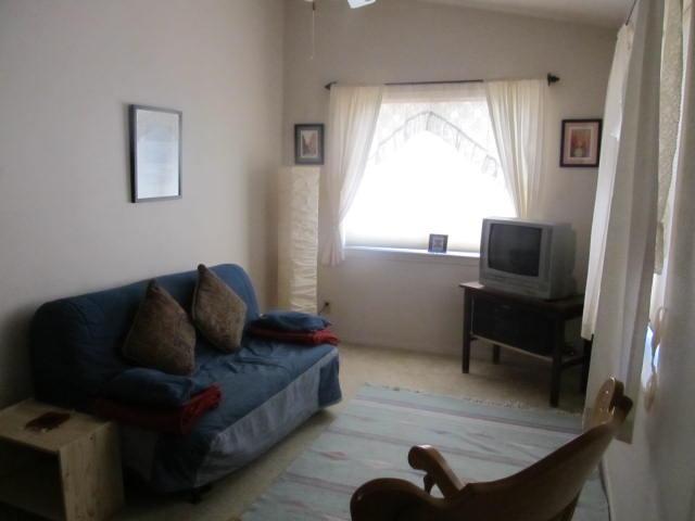 Ausklappbares Sofa in LR