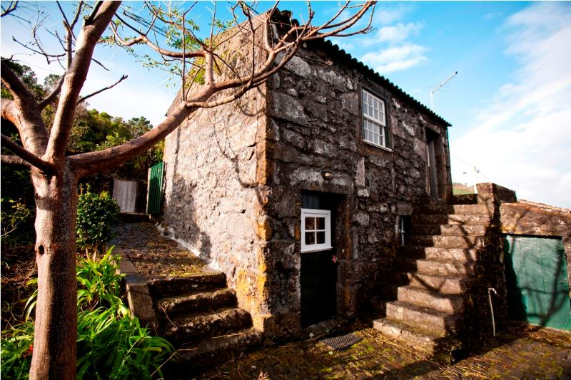 Adegas do Pico One Bedroom-House, casa vacanza a Santo Amaro