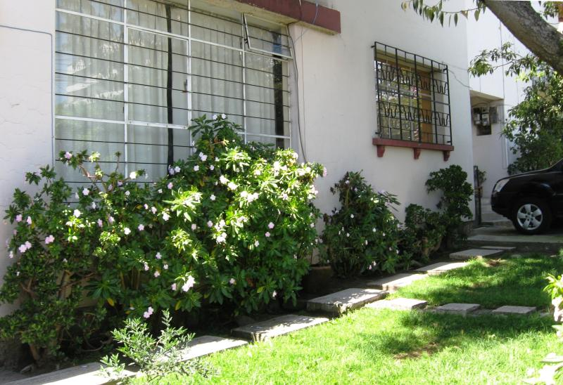1-bedroom independent house, vacation rental in Quito