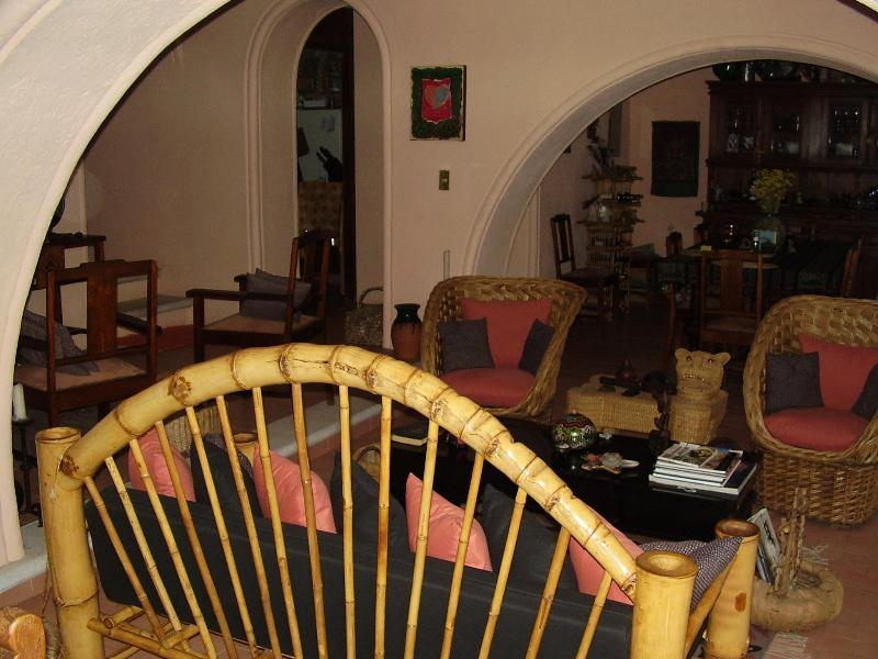 Quiet, comfortable home/gardens by day/week/month, holiday rental in Mineral de Pozos