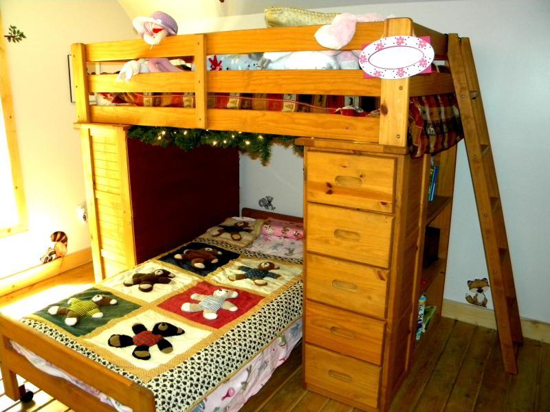 terceiro quarto com camas de beliche (2 camas)