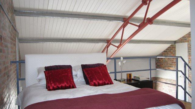 Stylish 2 bedroom loft overlooking  Atlantic Ocean, location de vacances à Fresnaye