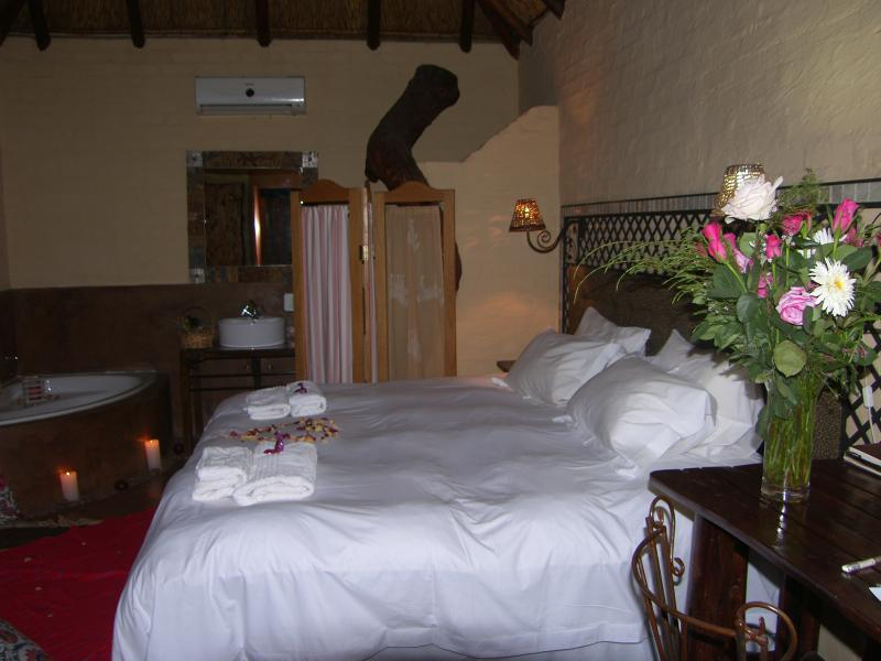 Make it a Valentine Stay Book this room. We create the romantic ambiance for the day. DBB