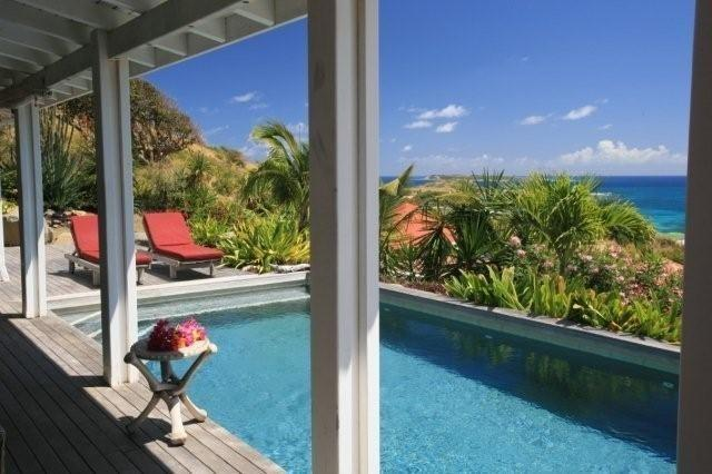 VILLA COTE SUD Orient Bay/Swimming-Pool/Ocean View, holiday rental in Orient Bay